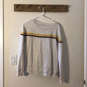 Sweaters - Pull over size medium